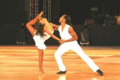Salsa_dancers